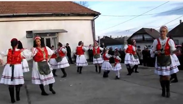 semjenhaza-farsangi-video.jpg